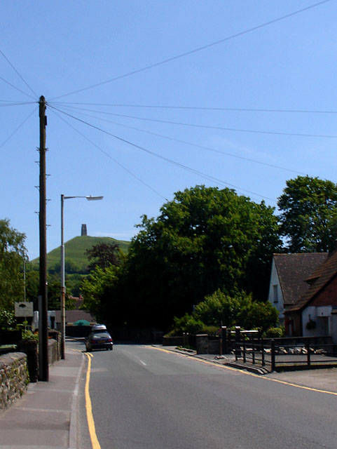 Looking East along Bere Lane