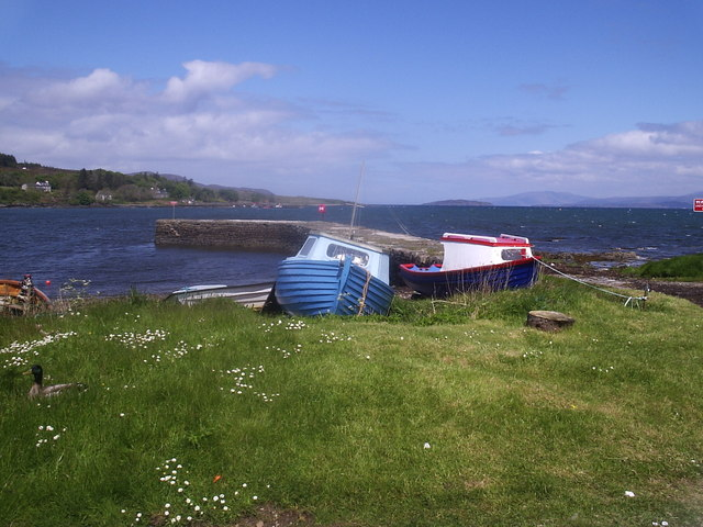 Boat by the Old Pier, Broadford