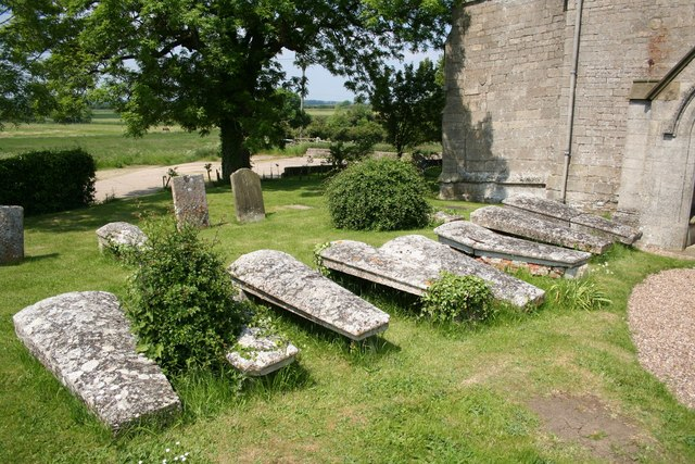 Graves at St.Mary's church, Evedon