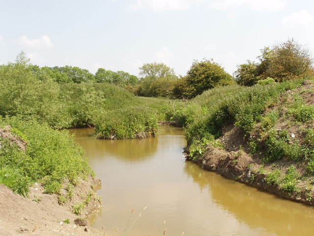 New pond on Harlesford Farm, Tetsworth