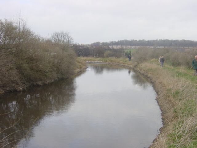Dearne and Dove Canal near Stairfoot