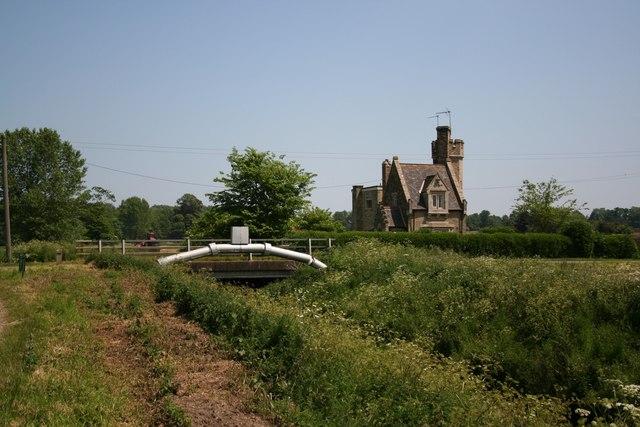 Haverholme Priory Lodge