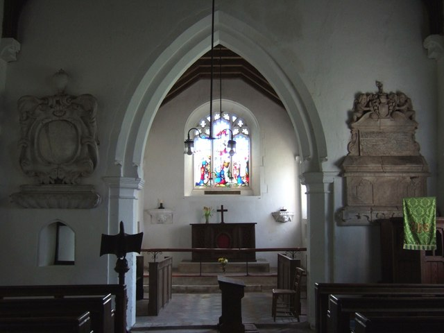 St. Peter and All Saints, Battlesden - Interior