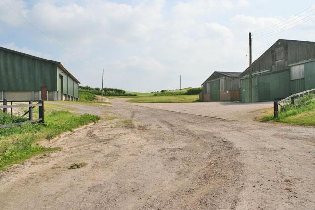 Modern barns at Tathwell Grange