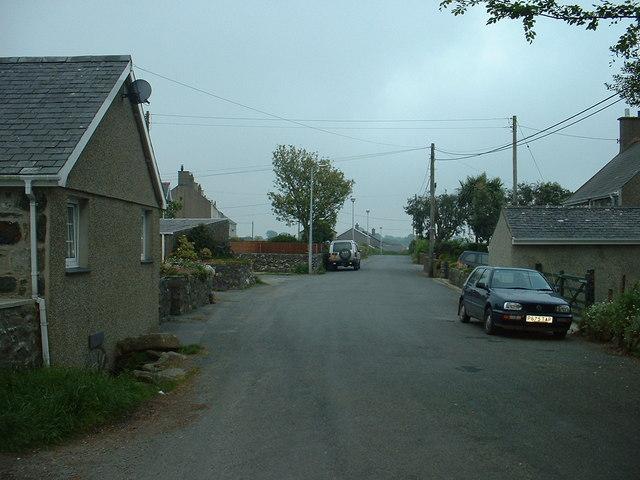 Road into Pencaenewydd