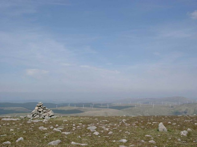 Cairn at the north end of Cairnsmore of Carsphairn.