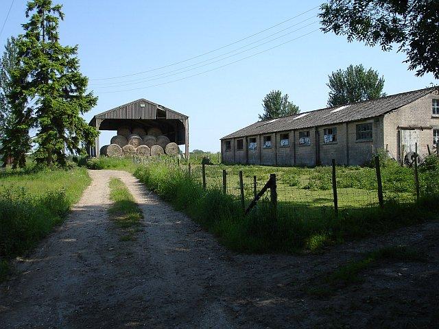 Dutch barn at Foxenden Farm