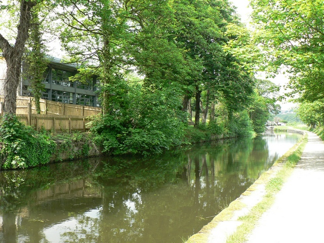 Canal by The Ellers, Leeds