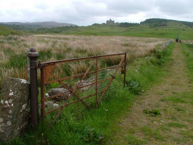 Estate Gate, Glengorm