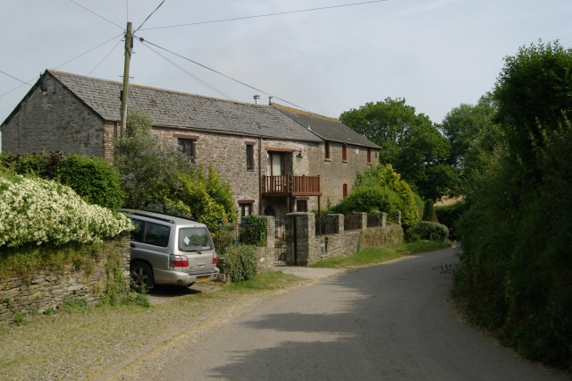 The Barn, Trehunist