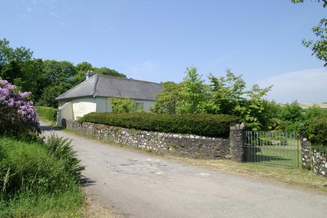 Treluggan Manor