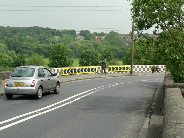 Leeds and Bradford Road, Kirkstall