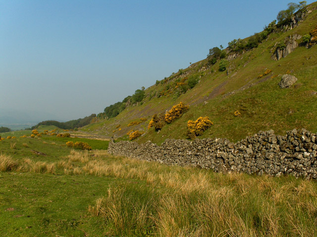 The craggy slope of Gargunnock Hills