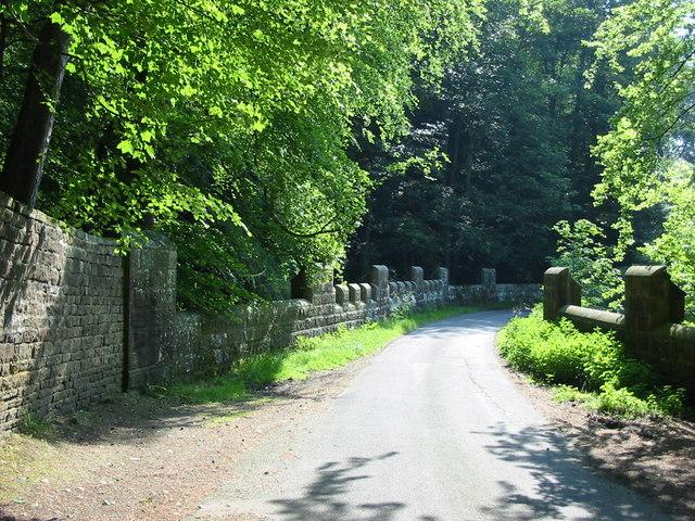 Bridge with castellations near Swinton Park