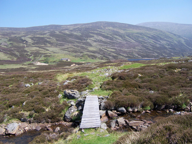 Footbridge above Callater Lodge.