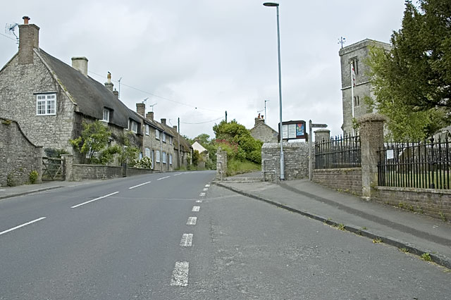Broadmayne Village, Main Street