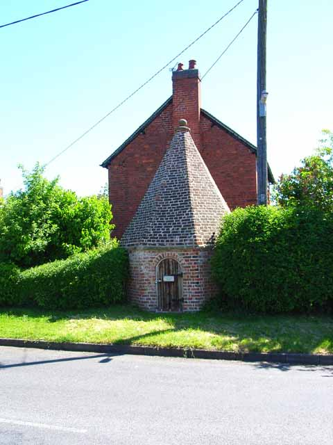 The village lockup, Packington