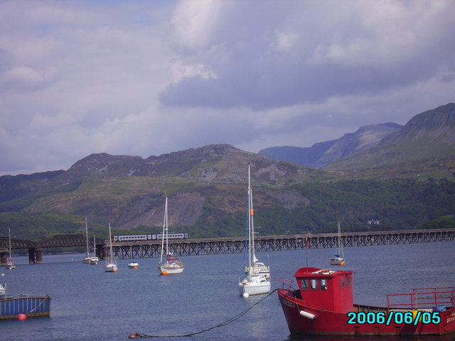 Barmouth rail and footbridge