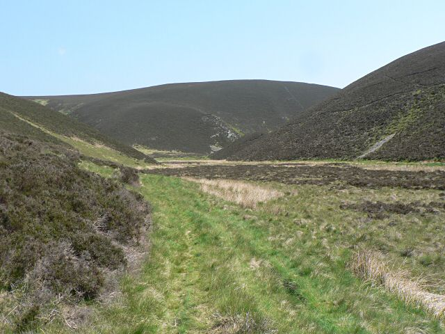 Between Little Ley and Macritch Hill