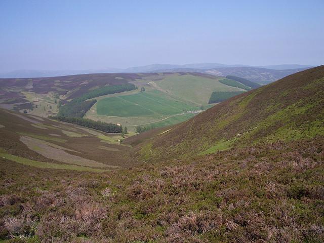 View along Glack of Corraich
