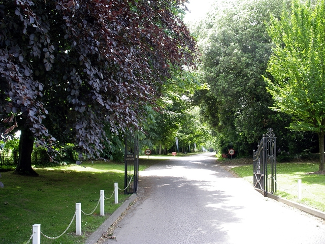 Entrance to Roke Manor