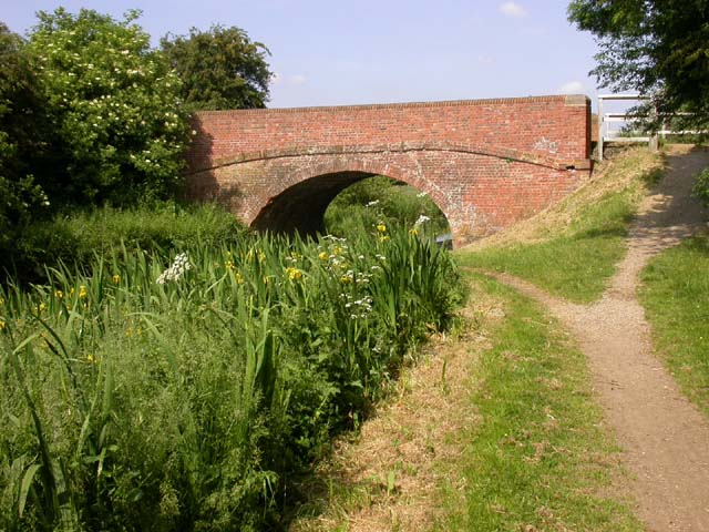 Cart Bridge over the Grand Union Canal