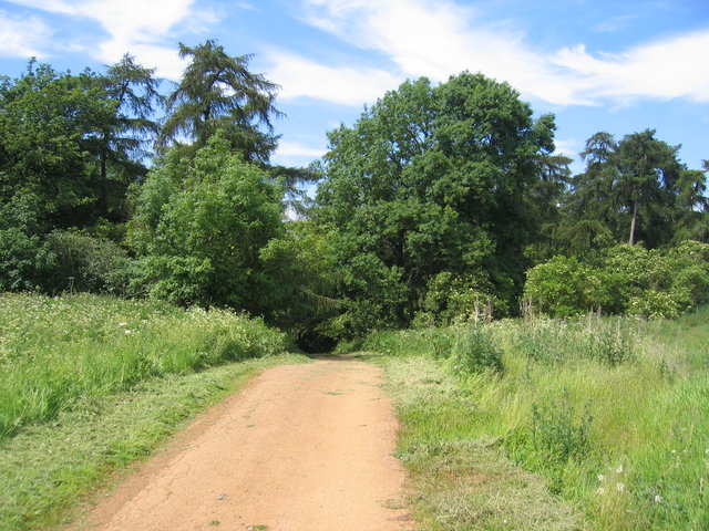 Driveway to Old Lodge Farm