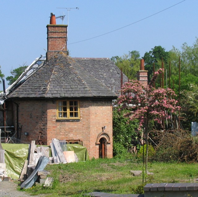 Octagon Cottage