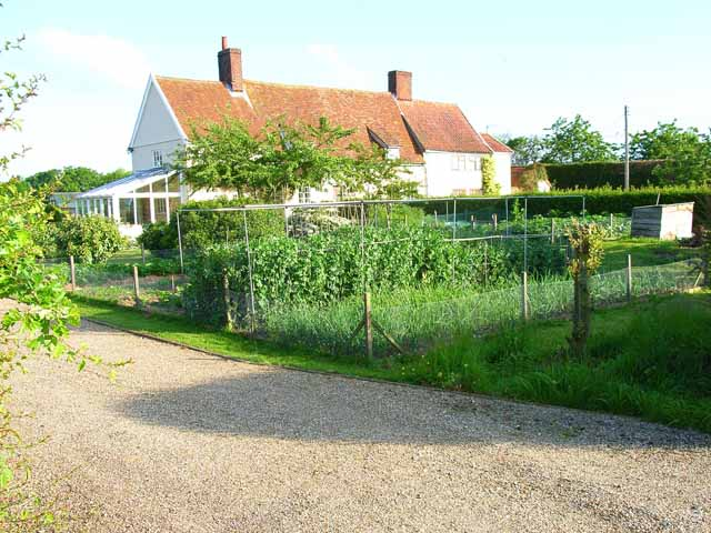 Kitchen garden and cottages at Silverlace Green