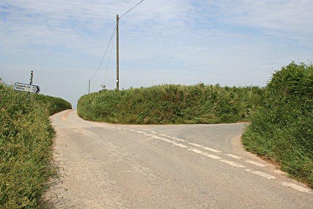 Minor Road Junction east of Trevilson