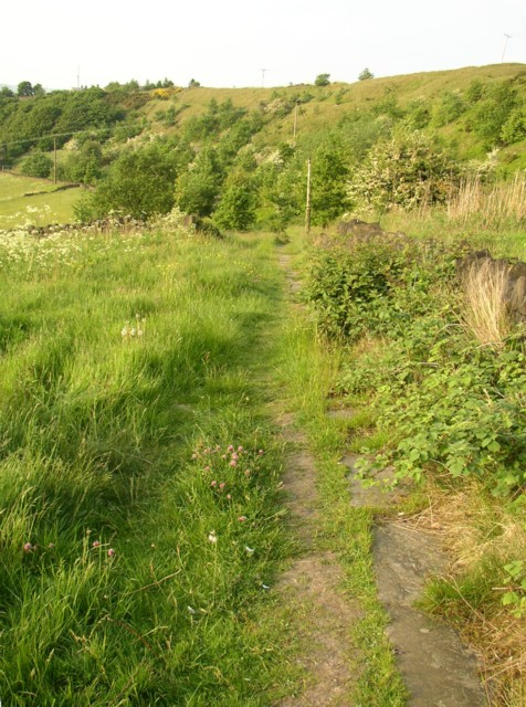 Footpath from Upper Edge to Lower Edge, Elland