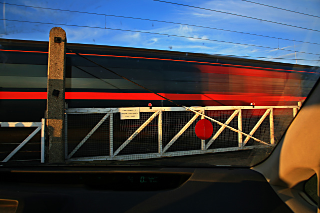 Driver's-eye view of Grassthorpe level crossing