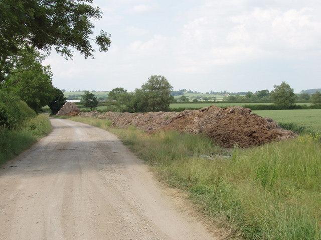 Track to Meads Farm, near Oakley