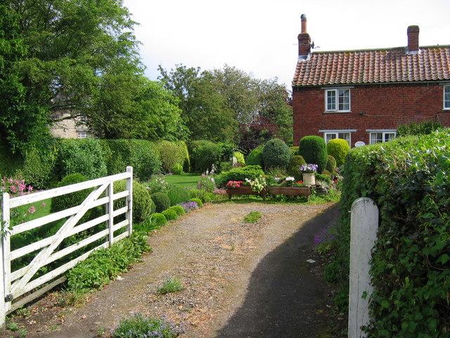 Brawby - Cottage