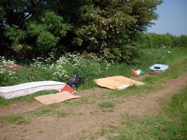 Flytipping off South Carr Lane