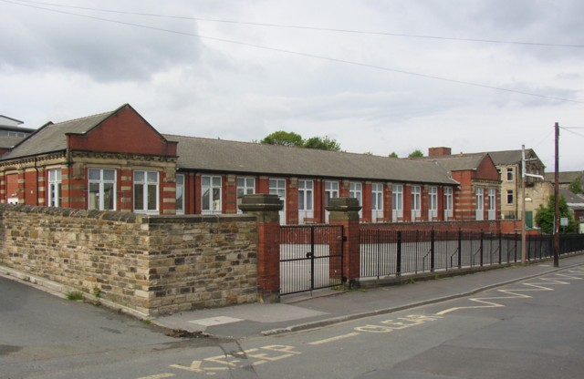 West End Middle School, Cleckheaton