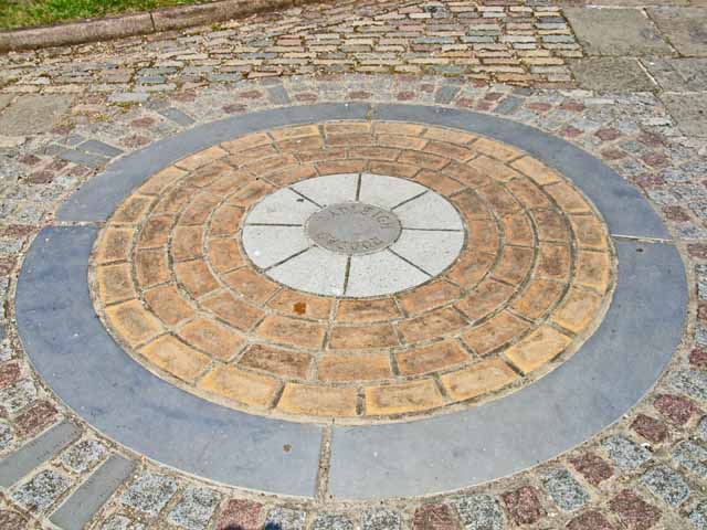 Millennium roundel, Hadleigh