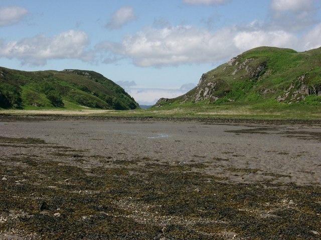 Inlet north of Rhubha Raonuill