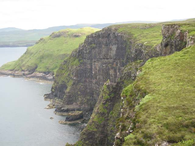 Cliffs west of Knocknahoe