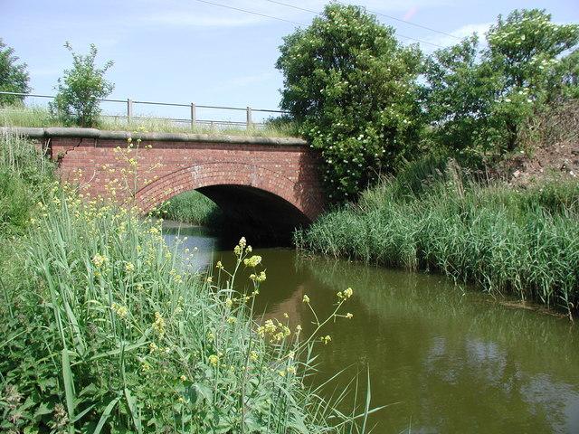 Disused railway bridge over Keyingham Drain