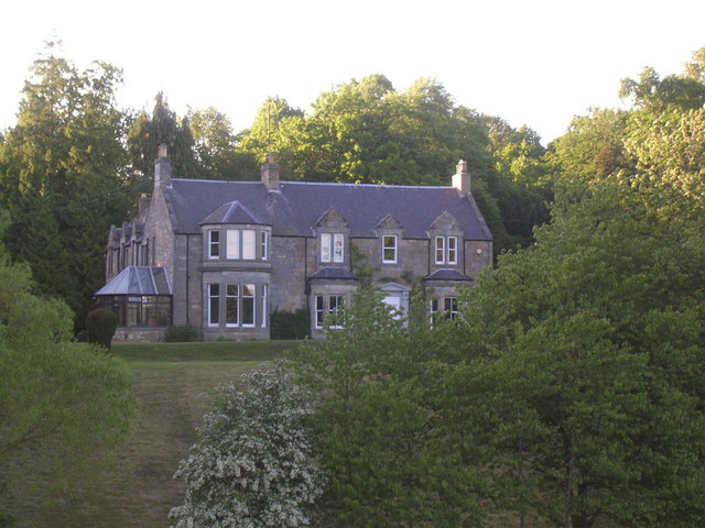 Dairsie House