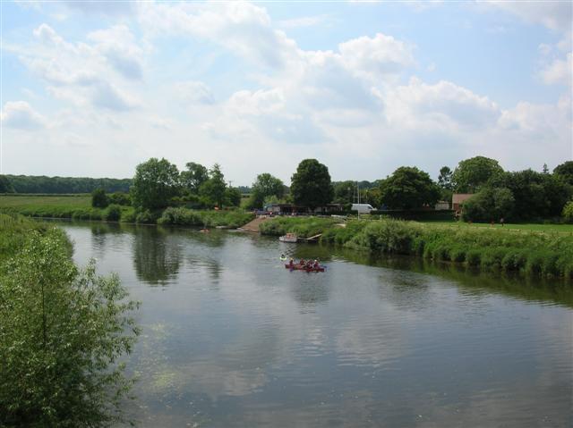 Canoeists at Aldwark