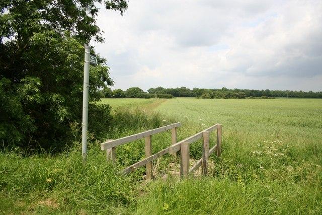 Footpath to Faldingworth