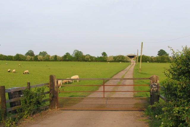 Glebe Farm driveway