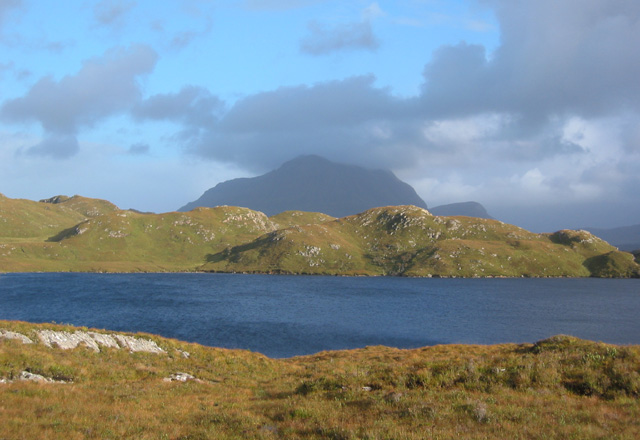 Loch Buine Moire, with Cul Mor behind