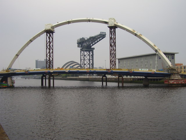 New bridge over Clyde
