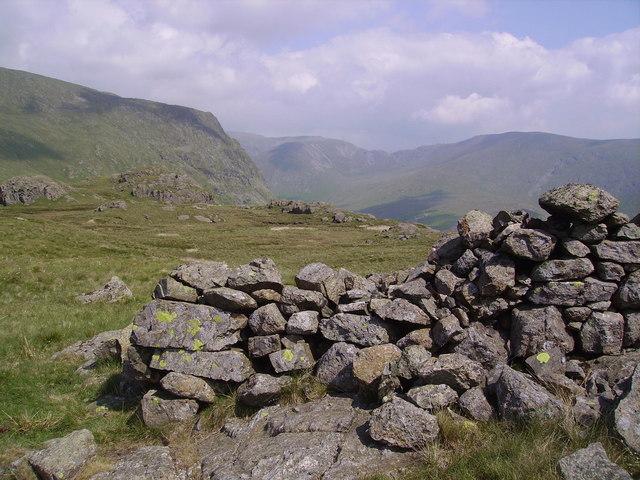 Old Wall Saletarn Knotts