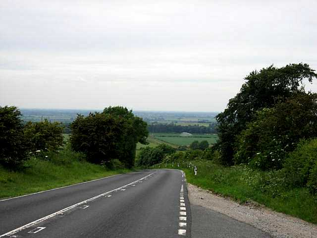 The B1230 Descending from High Hunsley