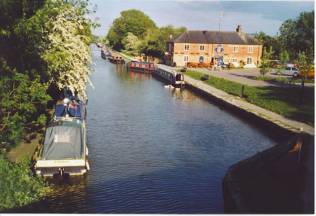 The Kennet & Avon Canal at Pewsey Wharf.