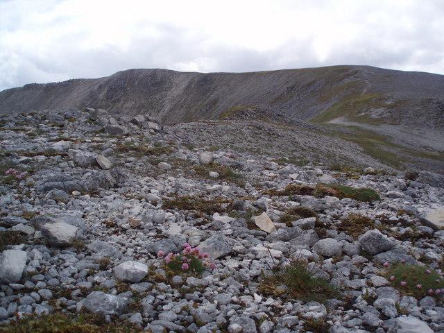 High on the ridge of Glas Bheinn.